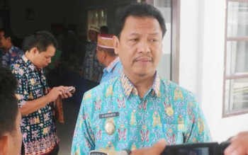 Wakil Bupati Lamandau, Drs. H. Sugiyarto, saat dimintai keterangan sejumlah awak media, belum lama ini.