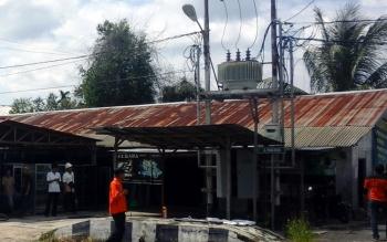KERJA SAMA: PLN Pulang Pisau mengajak masyarakat melalui para kepala desa untuk mewaspadai pencurian kabel trafo. BORNEO/DJEMMY NAPOLEON