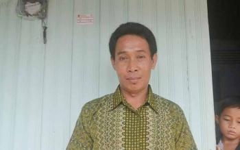 Ketua RT 5 Kelurahan Kasongan Lama, Kabupaten Karingan, Suripansyah. BORNEO/ABDUL GOFUR
