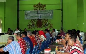 Sosialisasi program dan rencana kerja Badan Restorasi Gambut dan kick off sumur bor, di Kabupaten Pulang Pisau, Jumat (20/5/2015). BORNEO/JAMES DONNY