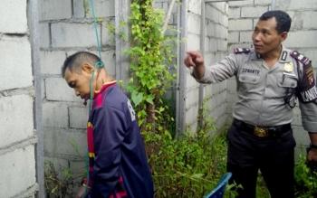 Kornelius (51) warga Jalan Dayak Permai, Mahir Mahar, Km 8, Palangka Raya ditemukan tergantung di sebuah bangunan beton, Selasa (24/5/2016). Sementara di Kecamatan Bukit Batu, juga ditemukan seorang pemuda Dery Gusmawan tewas gantung diri. BORNEO/DOK