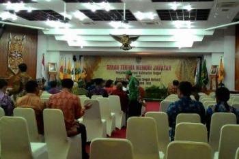 Menunggu Serahterima Jabatan Gubernur dari Hadi Prabowo ke Sugianto