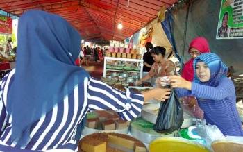 129 Polisi Amankan Pasar Wadai dan Salat Tarawih