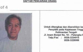 Tim Kejaksaan Agung menangkap buronan kasus korupsi kredit fiktif senilai Rp42 miliar. Dia adalah Direktur Produksi PT Surya Barokah, Bambang Hariadi Utomo. BORNEONEWS/RONI SAHALA