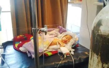 Warga B Koetin Temukan Bayi Depan Pintu Rumah