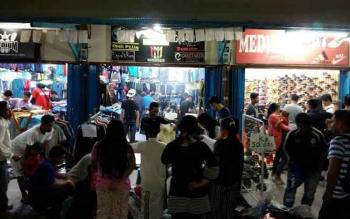 Penjualan Pakaian di Sampit Mulai Meningkat