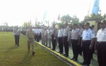 Apel gelar pasukan Operasi Ramadania Telabang 2016 yang dilaksanakan di halaman Mapolres Kapuas, Jalan Pemuda, Kamis (30/6/2016) pagi. BORNEONEWS/DJEMMY NAPOLEON