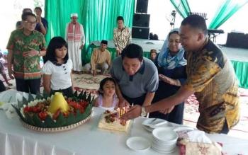 Pengusaha nasional asal Pangkalan Bun, Haji Abdul Rasyid menyelenggarakan syukuran ulang tahun ke-58. BORNEONEWS/ROHMAT SUTOYO