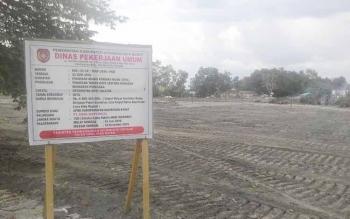 Papan Proyek Kawasan Segitiga Bundaran Pancasila. BORNEONEWS/RADEN ARYO