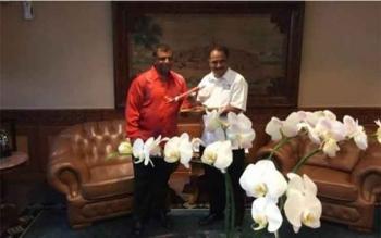 Menpar Arief Yanya Giliran Kunjungi Markas Air Asia