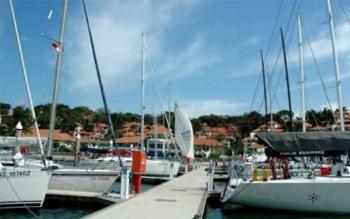 Melihat Yachts Tanjungpinang Seperti Monaco