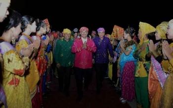 Menteri Pariwisata Arief Yahya hadir dalam Festival Pesona Palu Nomoni (FPPN) Kota Palu, Sulawesi Tengah. KEMENPAR