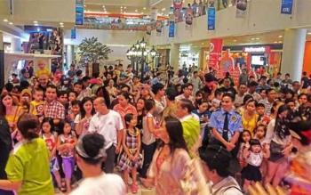 Festival Wonderful Indonesia di Sc Vivo City Mall, Ho Chi Minh City diserbu banyak orang. ISTIMEWA