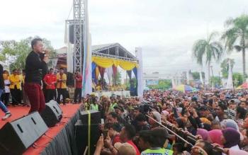 Deklarasi pasangan Nurani di hibur oleh artis ibukota Danang DAcademy. BORNEONEWS/KOKO SULISTYO