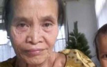 Mini (60), janda beranak empat, warga RT 03, Desa Janah Jari, Kecamatan Awang, Bartim, pasien RSUD Tamiang Layang. Penderita bronchitis ini mengeluhkan stok obat apotek RSUD yang selalu kosong. BORNEONEWS/ASMAR ISWANI