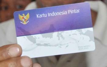 kartu indonesia pintar ( blog.duitpintar.com )