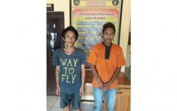 Muhamad Renaldi Prasetya alias Aldi (20), dan Yeriko Epata alias Irak (21), dua pemuda, warga Buntok, Barito Selatan, ditangkap saat hendak mencuri sarang burung walet, Sabtu (1/10/2016).