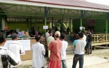 Ilustrasi: Suasana Pemungutan suara Pilkades Serentak Desa Bina Bhakti, Kecamatan Sematu Jaya. Hasil Pilkades dua desa di Lamandau, Desa Nanuah, dan Melata, digugat, Selasa (4/10/2016). BORNEONEWS/HENDI NURFALAH