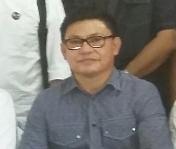 Ujang Iskandar, Bupati Kotawaringin Barat kala itu.