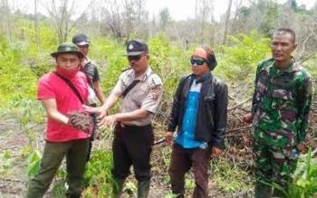 Tim Karhutla Kecamatan GBA. BORNEONEWS/URIUTU DJAPER