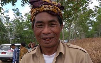 Mantir adat Desa Balai Riam Kecamatan Balai Riam, Kabupaten Sukamara. BORNEONEWS/NORHASANAH