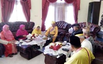 Berkat FKN, Keluarga Kerajaan Pagaruyung Minangkabau Akhirnya Kunjungi Lamandau