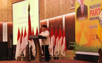 Gubernur Sugianto Sabran saat memberikan sambutan pada Musda Partai Golkar, baru-baru ini. BORNEONEWS/ROZIKIN