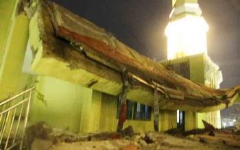 Reruntuhan Masjid Agung. BORNEONEWS/KOKO SULISTYO
