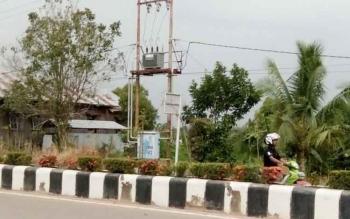 Tampak salahsatu gardu induk listri PLN Rayon Nanga Bulik di Jalan Ahmad Yani, Nanga Bulik.