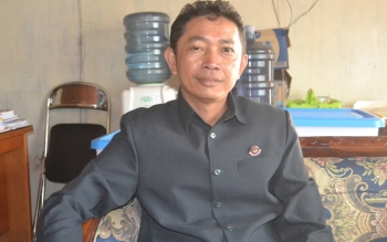 Komisioner KPU Barito Selatan, Bahruddin. BORNEONEWS/URIUTU DJAPER/DOK