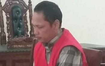 M Kusani alias Utuh: dituntut hukuman 1,5 tahun penjara dan denda Rp50 juta. BORNEONEWS/IKA LELUNU