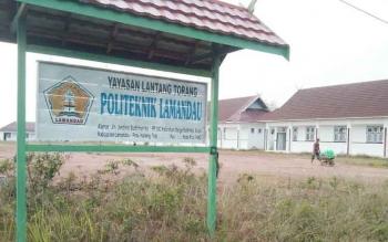 Bangunan BKPP Lamandau yang akan dijadikan kampus Politeknik Lamandau sementara. Pembangunan perguruan tinggi ini dinilai sudah on progres. BORNEONEWS/HENDI NURFALAH