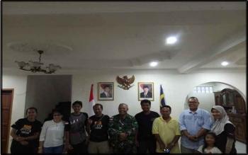 Perwira ILO TNI di Kota Kinabalu, Mayor Kav Jemmy ST. Sitorus, yang juga Pamen Kodam XII/Tanjungpura, menerima perwakilan Club Offroad se-Kalimantan, akhir pekan lalu. BORNEONEWS/PENDAM TANJUNGPURA