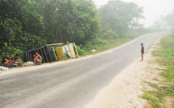 Kecelakaan di jalan Negara tepatnya ditanjakan Bukit Bambu. Kepala Dishubkominfo Barito Utara, Iwan Fikri, Selasa (22/11/2016), berencana memberlakukan sistem dua jalur di jalan nasional Muara Teweh-Jingah. BORNEONEWS/RAMADANI