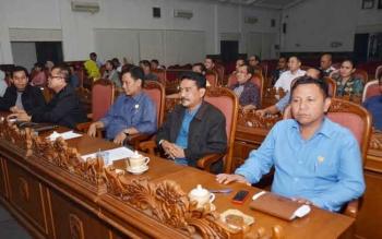 Anggota DPRD Kotawaringin Timur dalam sebuah kegiatan. Wakil Ketua DPRD Kotim, M Shaleh, di Sampit, Rabu (30/11/2016), mengharapkan alokasi APBD untuk membiayai program prorakyat. BORNEONEWS/M. RIFQI