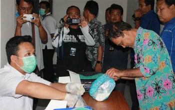 Ratusan pegawai plus pejabat Badan Pertanahan Nasional (BPN) Kalimantan Tengah mendadak dites urin oleh Badan Narkotika Nasional (BNN) Kalteng, Kamis (1/12/2016). BORNEONEWS/BUDI YULIANTO