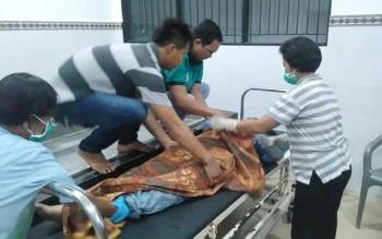 Seorang karyawan Bank BTN Cabang Palangka Raya, Ahmad Anwar bersama istrinya, tewas setelah mengalami kecelakaan di Jembatan Kahayan, Palangka Raya, Jumat (2/12/2016) sekitar pukul 17.30 WIB. BORNEONEWS/BUDI YULIANTO