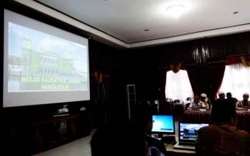 Rapat Koordinasi rencana pembangunan dua masjid di Lamandau 2017, di Aula Setda Lamandau, Rabu (7/12/2016). Bupati Lamandau Marukan mengatakan, proses lelang pembangunan dua masjid Desember ini. BORNEONEWS/HENDI NURFALAH