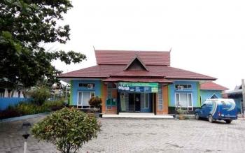 Gedung KPAD Kotawaringin Barat. (Foto: Agung Setiawan)