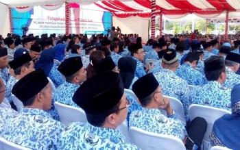 Prosesi Pelantikan Pejabat di lingkungan Pemerintah Provinsi (Pemprov) Kalimantan Tengah (Kalteng) digelar di Istana Isen Mulang (IIM), Jumat (6/1/2016). BORNEONEWS/M ROZIKIN