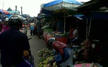 Susasana Pasar Kereng Pangi, Kabupaten Katingan. (BORNEONEWS/ABDUL GOFUR)