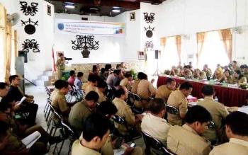 Bupati Marukan Pimpin Rakor Evaluasi Pelaksanaan Program Kegiatan 2016
