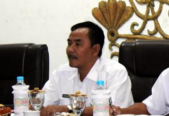 Asisten III Bidang Administrasi Pembangunan Setda Pulang Pisau Eknamensi Tawun. (BORNEONEWS/JAMES DONNY)