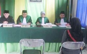 Suasana sidang di Pengadilan Agama Pangkalan Bun. BORNEONEWS/CECEP HERDI