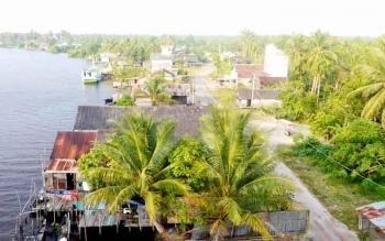 Salah satu kawasan pemukiman warga Desa Pematang Panjang di Kecamatan Seruyan Hilir yang sekarang sudah mengalami kemajuan pesat. BORNEONEWS/PARNEN