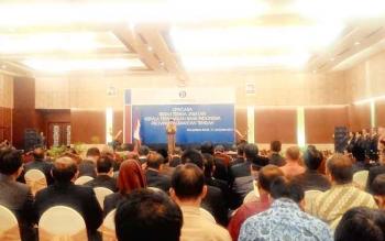 SERTIJAB : Gubernur Kalteng, Sugianto Sabran memberikan sambutan diacara sertijab Kepala Perwakilan BI Kalteng, Selasa (17/1/2017). BORNEONEWS/TESTI PRISCILLA