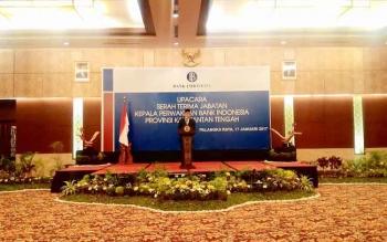 Gubernur BI Agus Martowardojo memberikan sambutan saat menghadiri acara sertijab Kepala Perwakilan BI Kalteng di Palangka Raya, Selasa (17/1/2017). BORNEONEWS/TESTI PRISCILLA