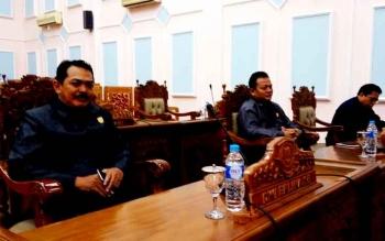 Suasana rapat di Gedung DPRD Pulang Pisau beberapa waktu lalu. BORNEONEWS/JAMES DONNY