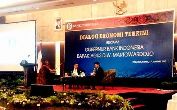 Dialog Ekonomi Terkini usai Serah Terima Jabatan (sertijab) Kepala Perwakilan Bank Indonesia Provinsi Kalimantan Tengah di Swissbell Hotel Danum, Selasa (17/1/2017). BORNEONEWS/TESTI PRISCILLA