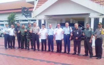 Rombongan Wantanas seusai kunjungan kerja ke Pemkab Barito Selatan, Rabu (18/1/2017). (BORNEONEWS/URIUTU)
